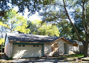 5850 Ludington Dr, Houston, TX 77035